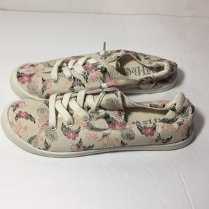Mad Love Shoes - Floral slip on sneakers size 8